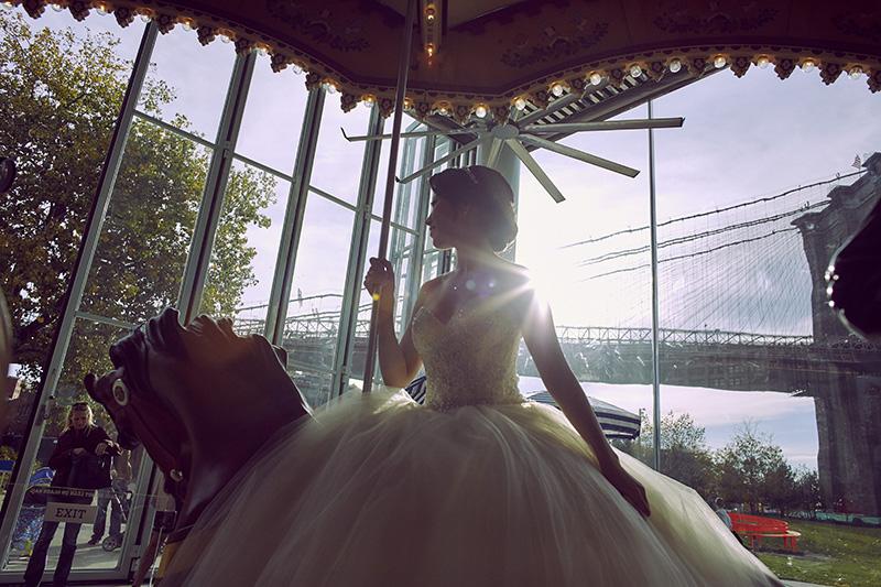 carousel wedding photos