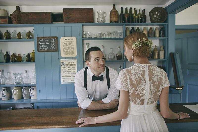 funny wedding portrait