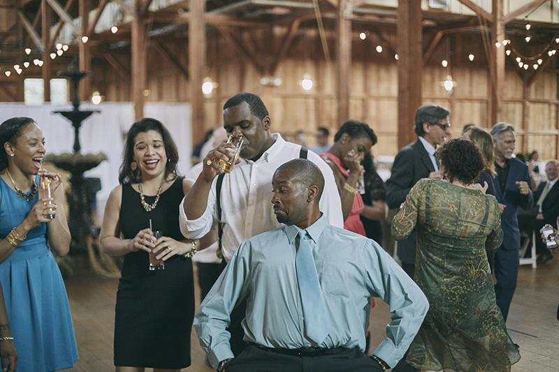 funny wedding dancing
