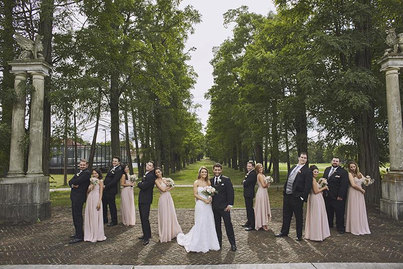 bridal party group photos