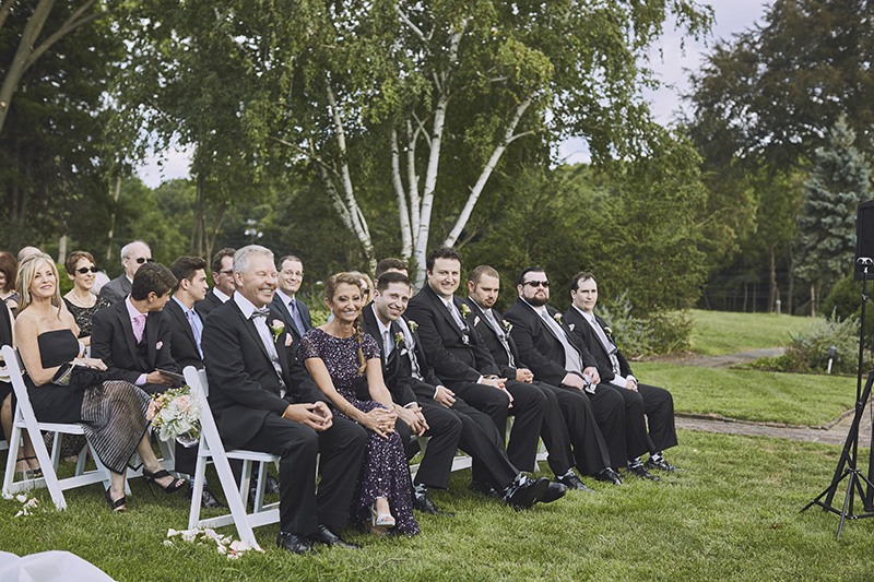 grooms family and groomsman
