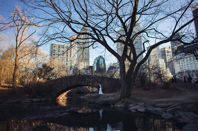 Joanna and Travis, Central park elopement