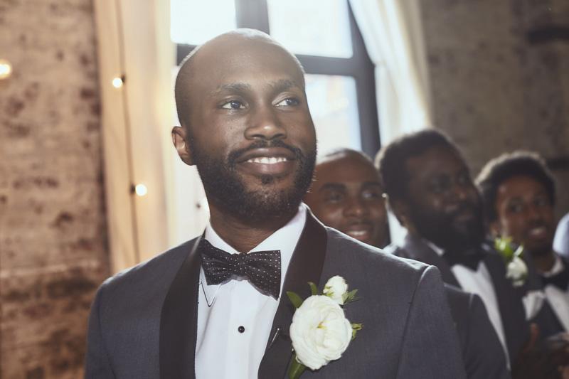 groom detail