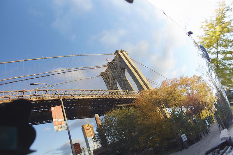 brooklyn bridge reflection