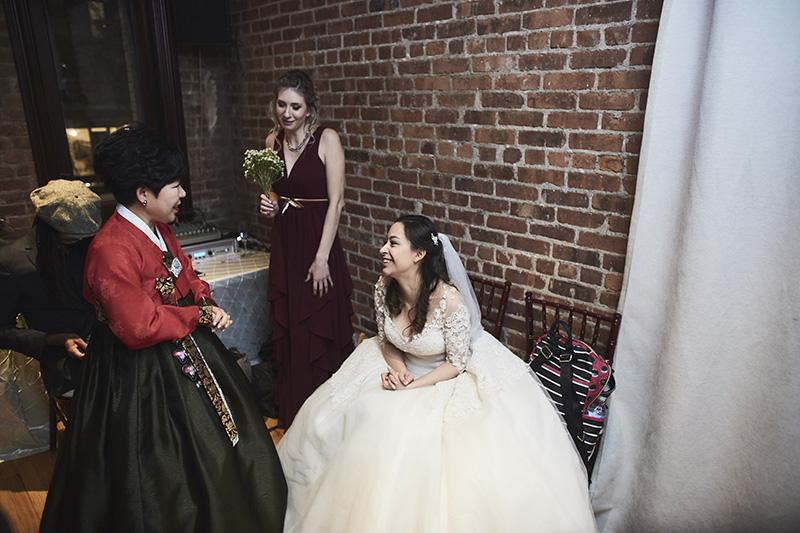 candid bride photos