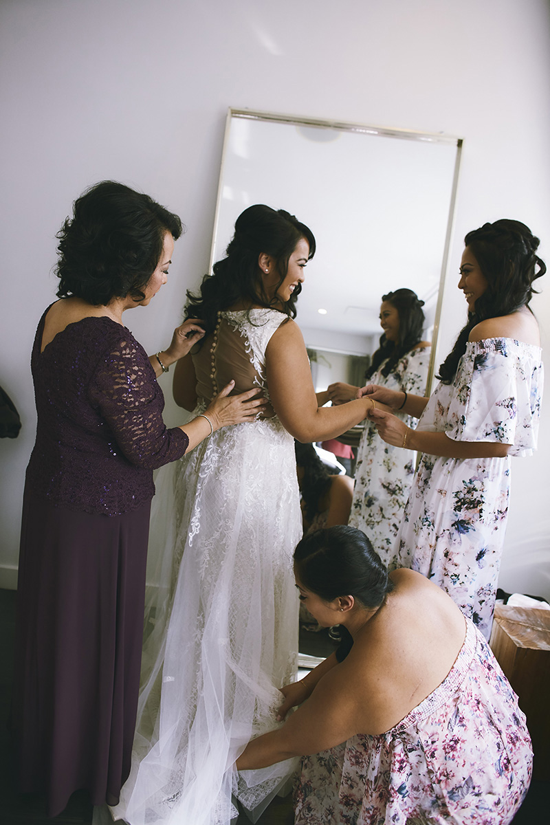 Braid preparing for the wedding