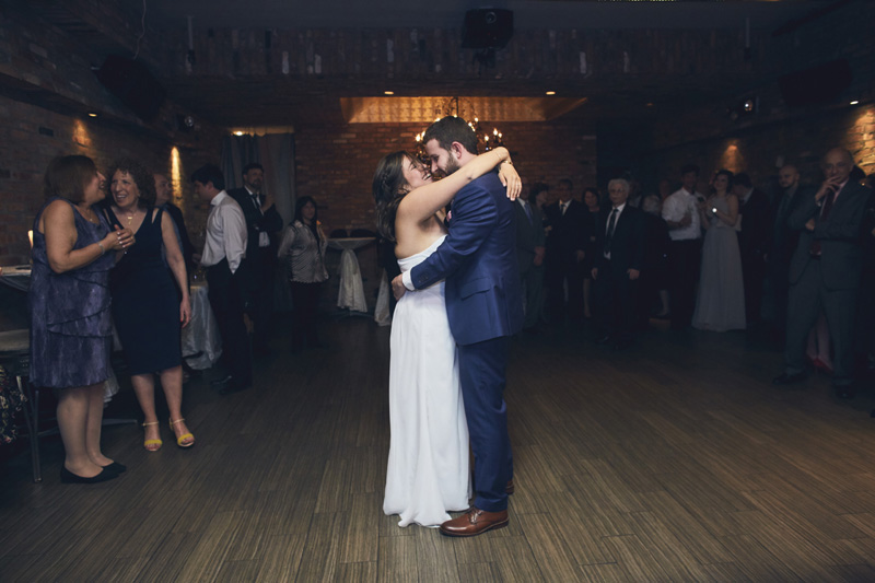 jewish wedding dancing photography