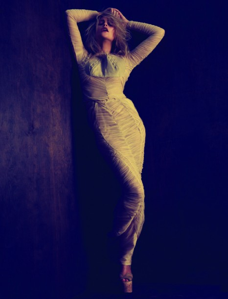 07-Fashion-Photography-Anna-Sophie-9-466x610