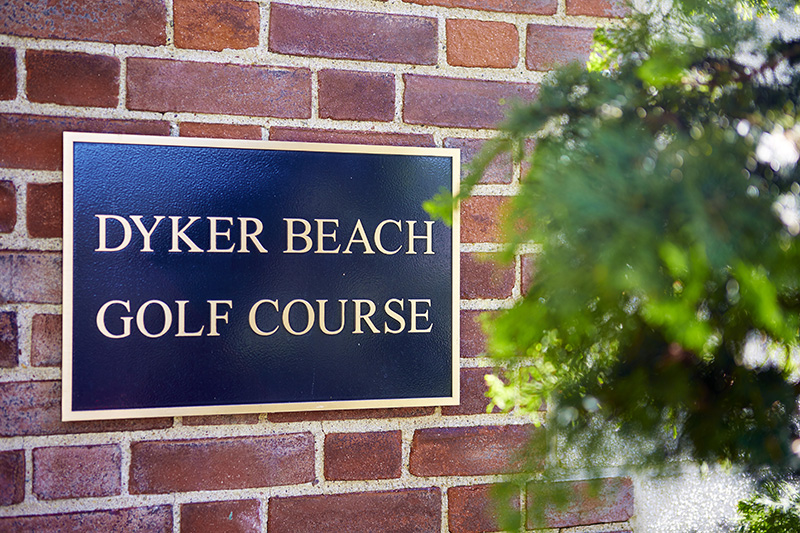 dyker beach sign