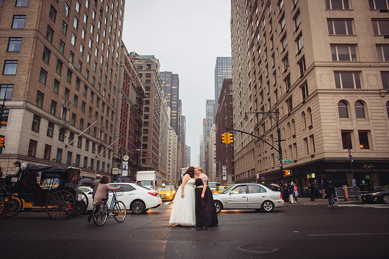 wedding portrait on nyc streets