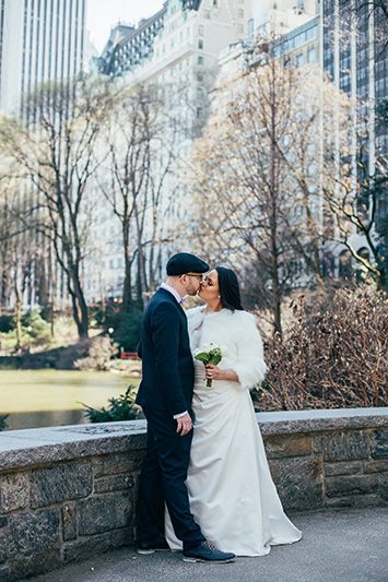central park bridge wedding photos