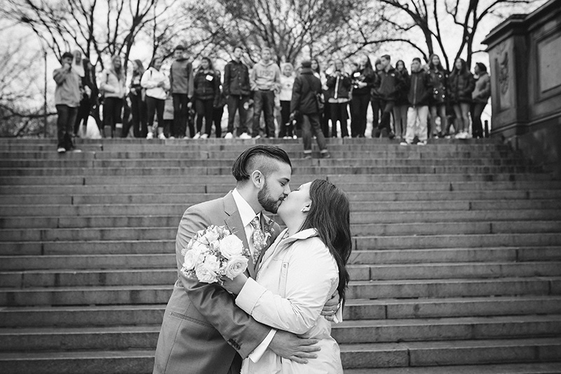 b&w elopement photography