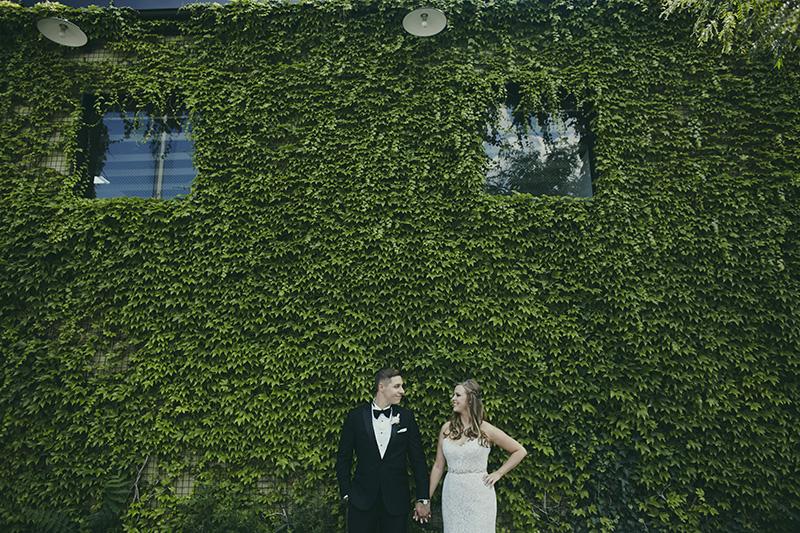 green building wedding photos
