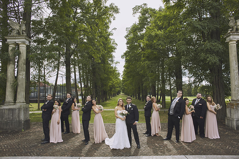 bridal party group photos