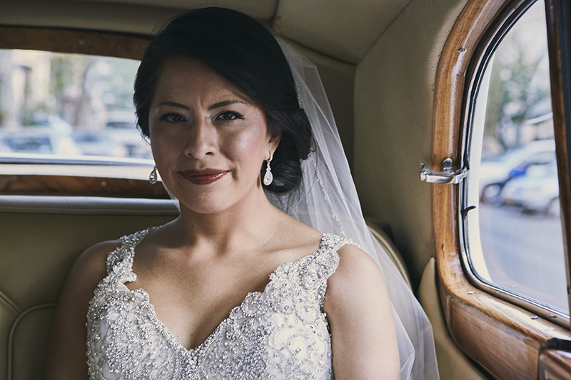 limo bride portrait