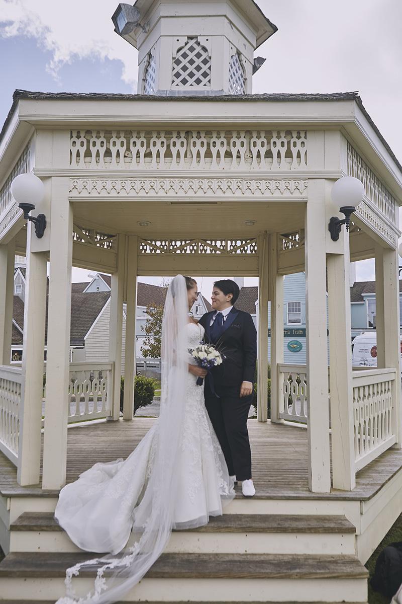 montauk gazebo wedding photos
