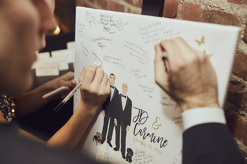 signing the wedding messages
