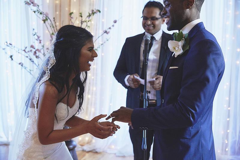 funny wedding ceremony photos