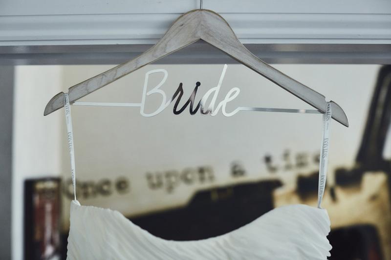 bride's sign