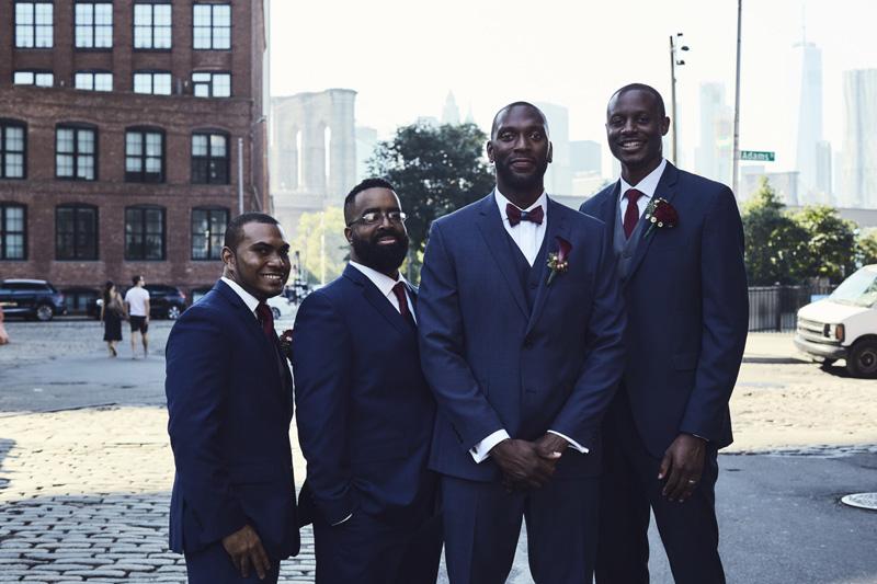 groom with groomsman's
