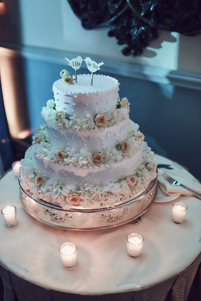 wedding cake  at  Dyker Beach Golf Course Wedding