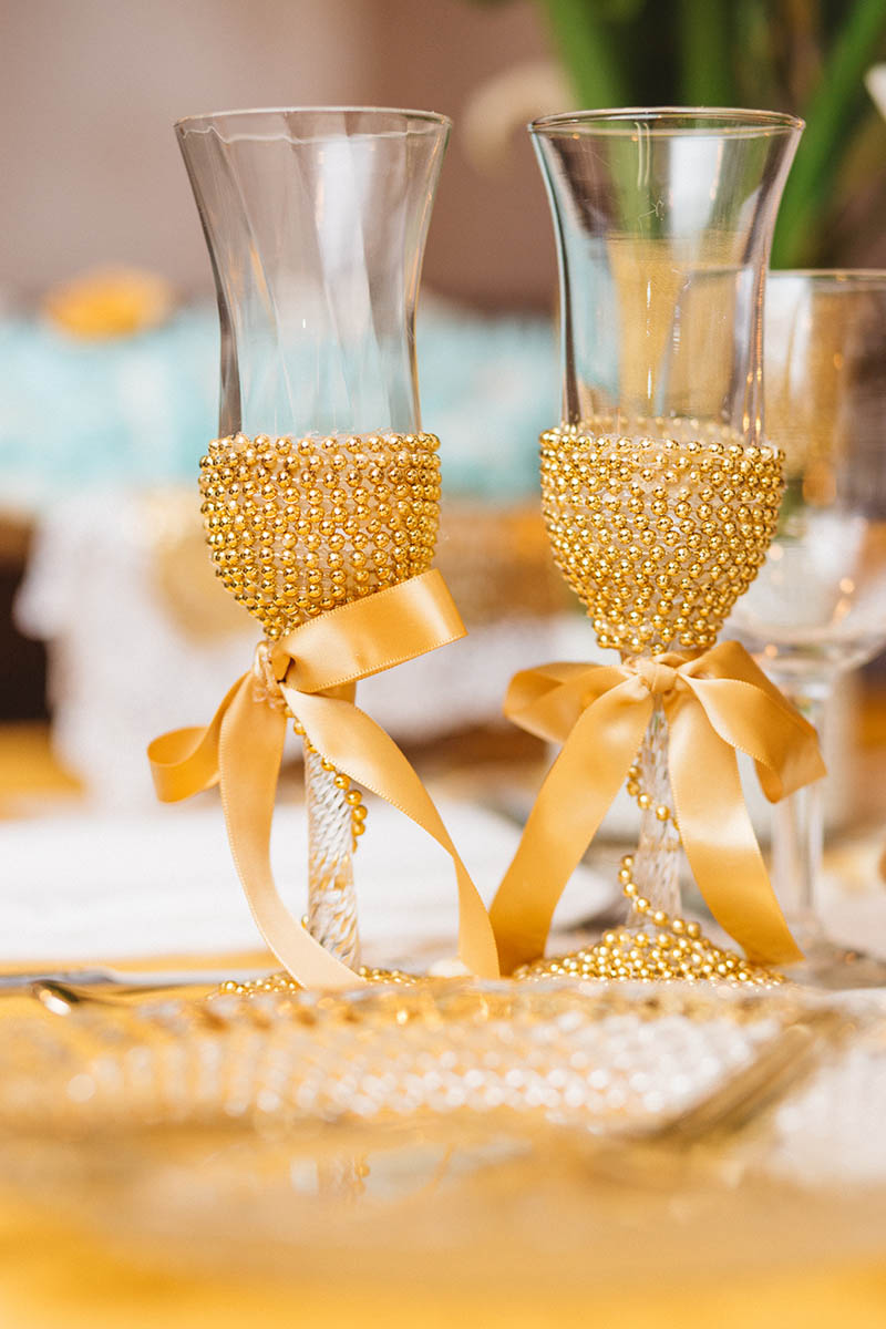 custom champaign glasses