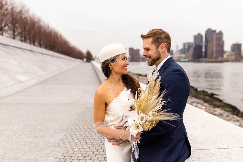 Roosevelt Island elopement photos